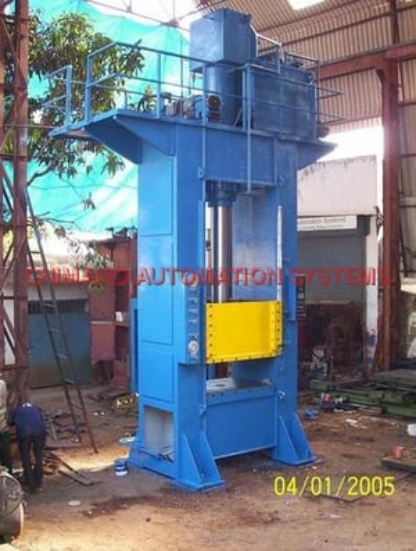 250 Ton Close Frame Hydraulic Press