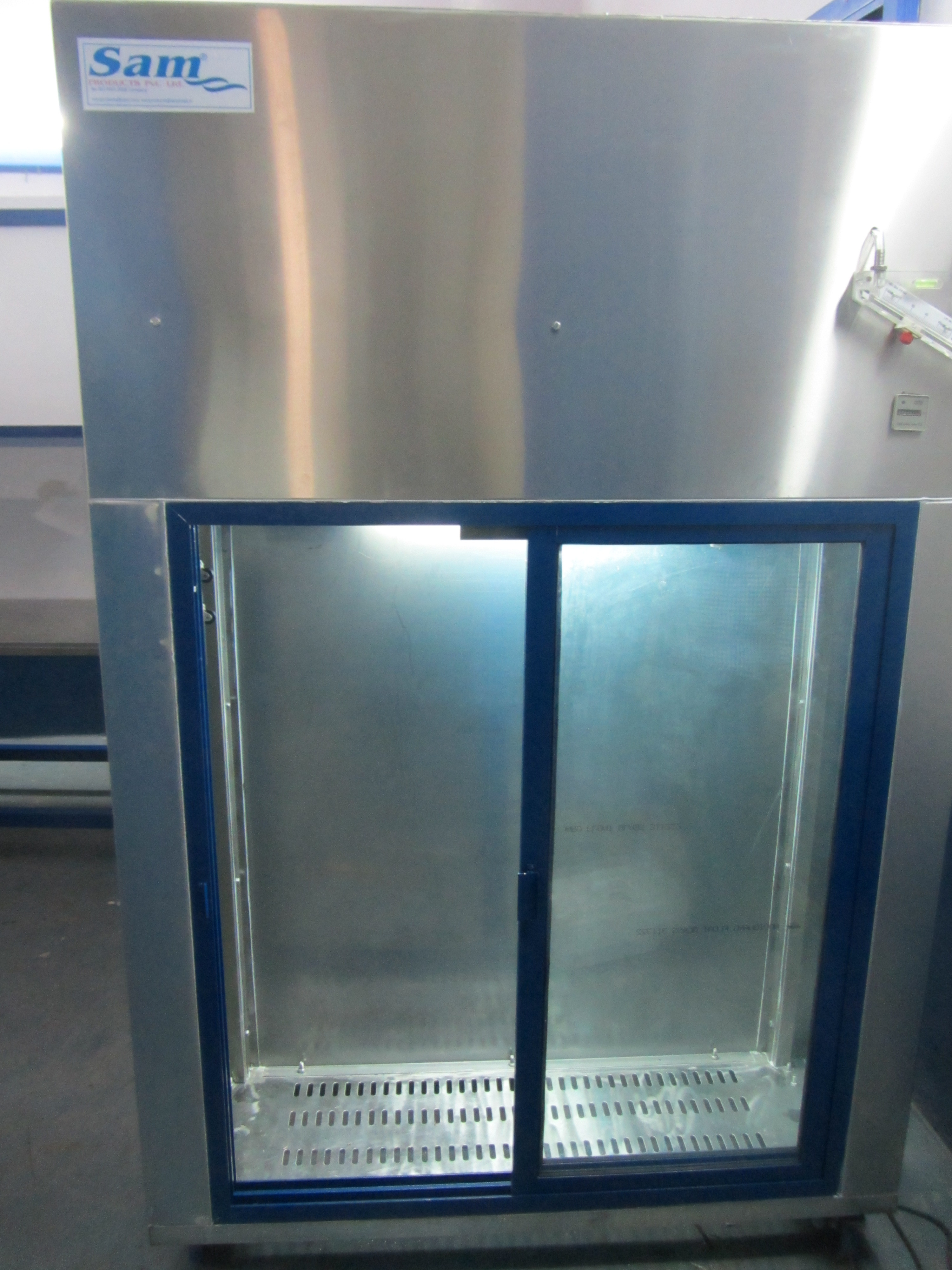 SS Clean Room Garment Cabinet