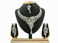 4600 RODIUM White Necklace Set