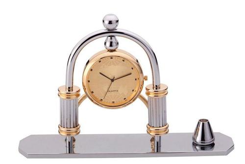 Pen Stand with Clock