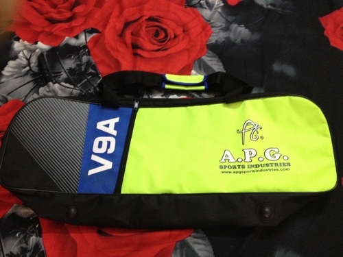 APG Cricket Kit Bag V9A