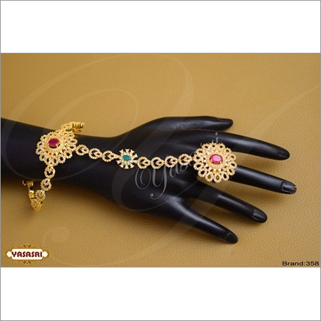 Finger Handset Traditional Ladies Ring