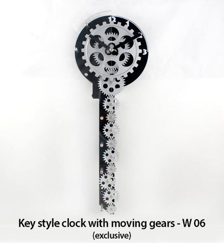 Key style clock with moving gears (exclusive)