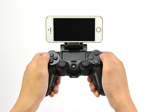 Smart phone mount for PS4 controller