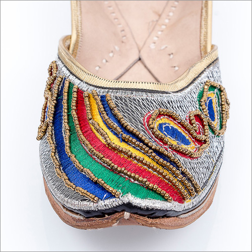 Beaded Punjabi Jutti