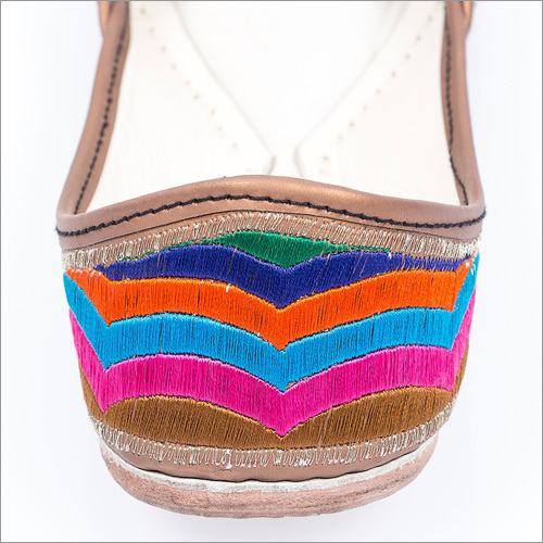 Women Multi Coloured Punjabi Juttis
