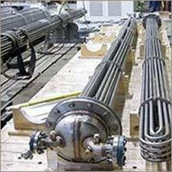 Distillation Column Equipment