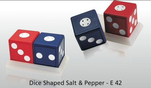 Dice Shaped Salt & Pepper