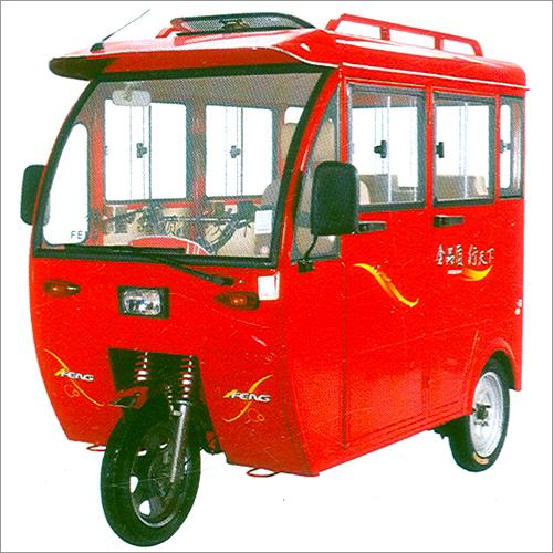 Covered E Rickshaw
