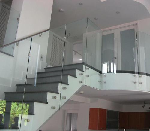 Glass railings 4