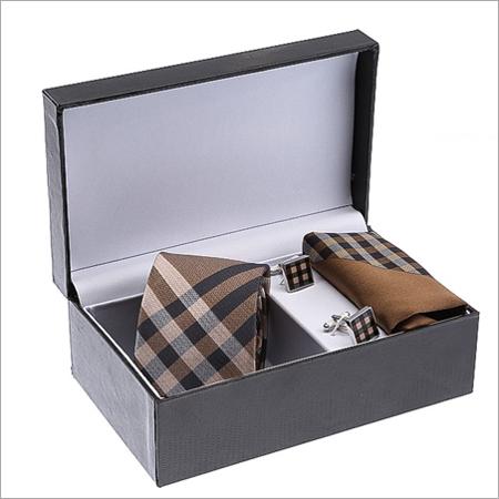 Set of Tie and Cufflink