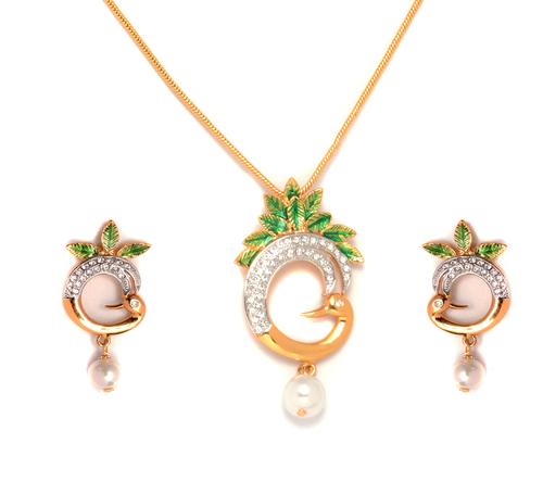 Designer 24k gold plated pendant and earing set