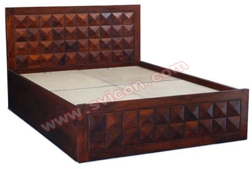 WOODEN STORAGE DIAMOND BED