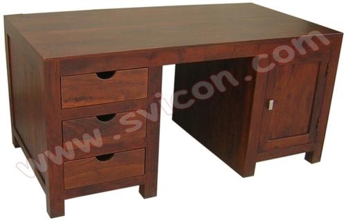 WOODEN OFFICE TABLE / DESK