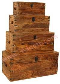 WOODEN BOX S/4