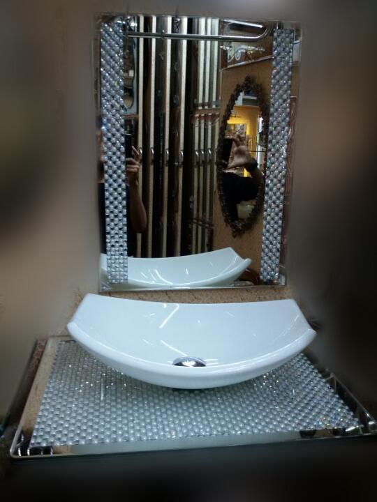 Designer sinks 13