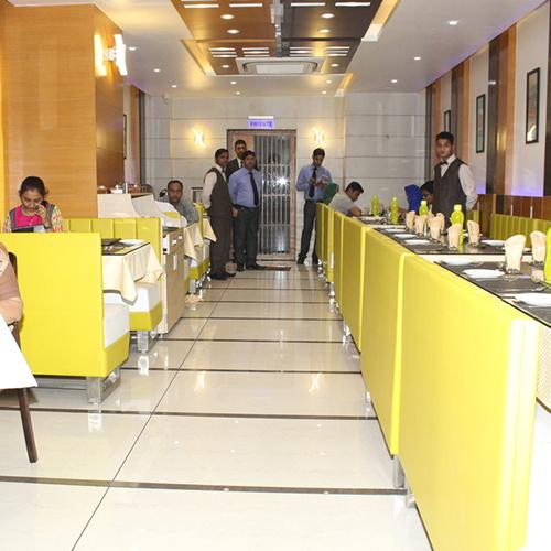 Royal Dine