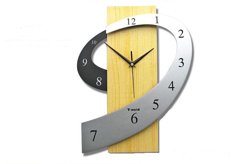 Stylish Wooden Wall Watch