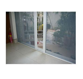 Plisse Screen Door