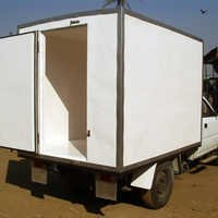 Dry Vans & Trucks