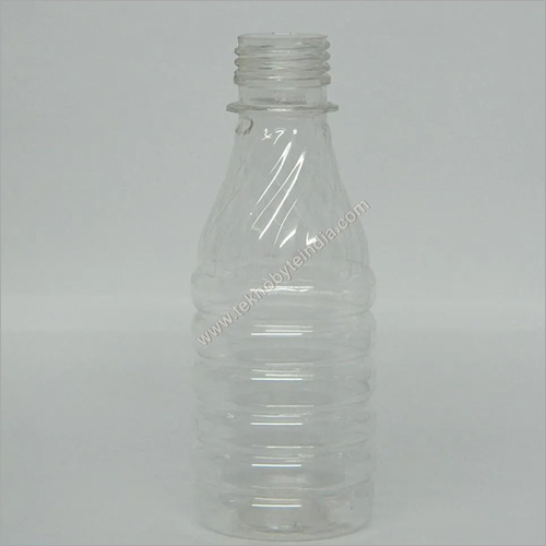 OILS / FLOOR CLEANER PLASTIC BOTTLES