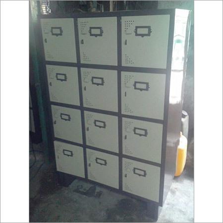 12 Sraff Lockers