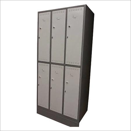 6 Lockers