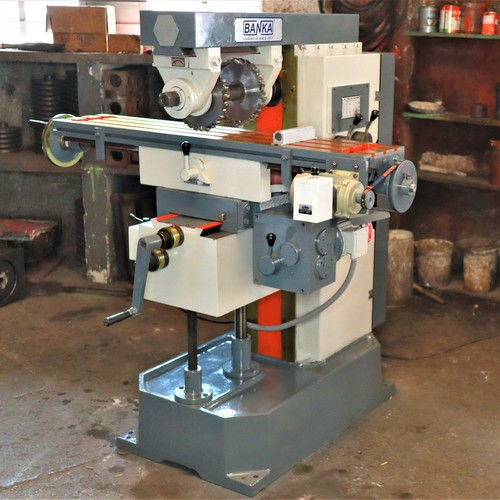 Universal Gear Head Milling Machine MM 2