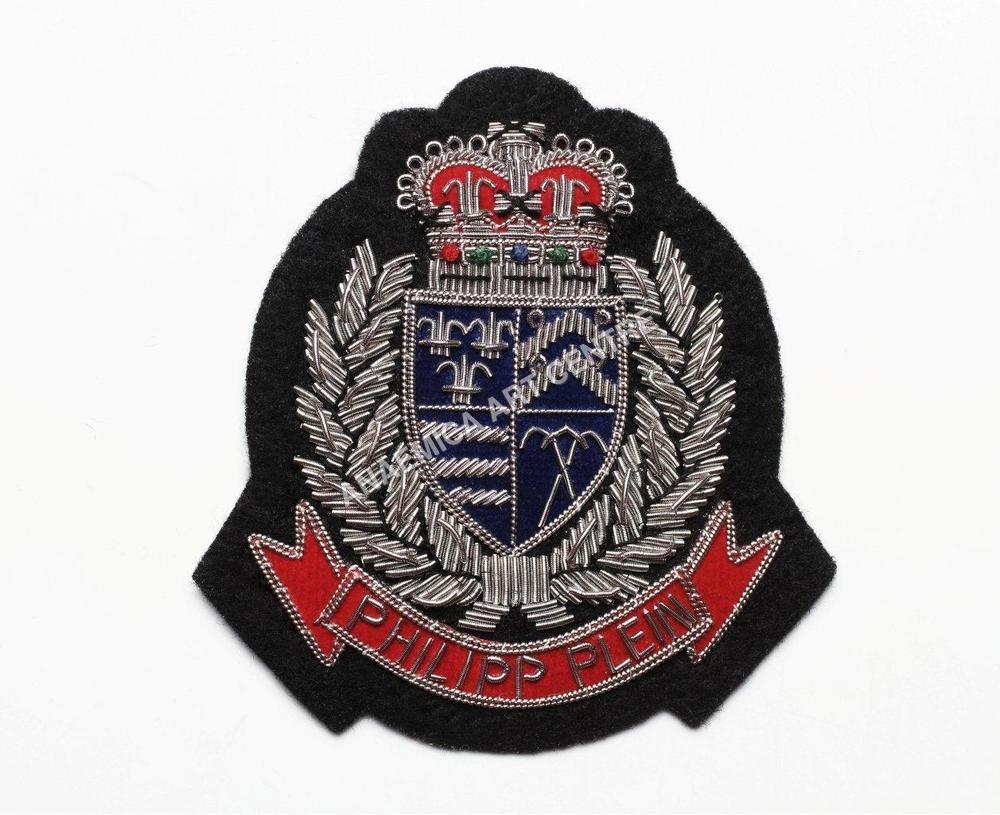 Antique Silver Crest