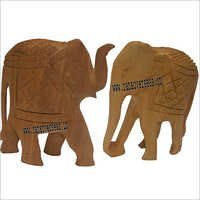WJE 1006 TRUNK UP AND DOWN WOODEN ELEPHANT SET