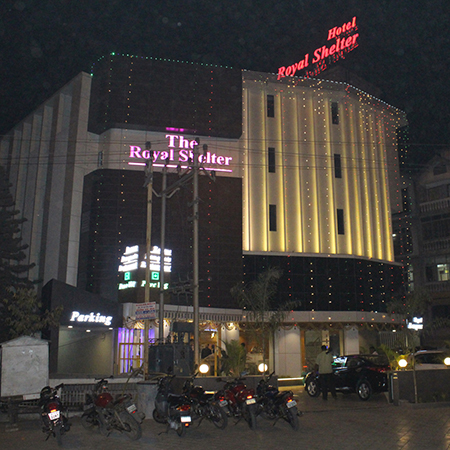 Hotel Royal Shelter Night View
