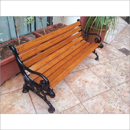 Comfy Casting Bench