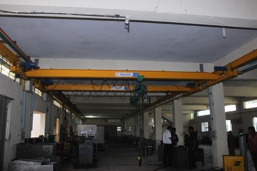 Underslung Overhead Traveling Crane