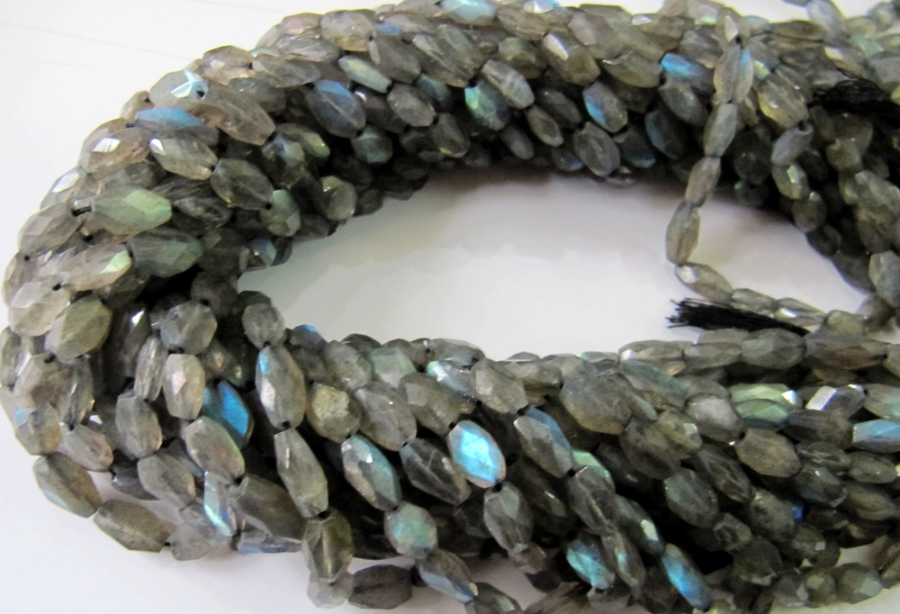 SALE Blue Flashy Labradorite Oval Faceted Beads