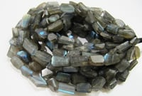 Labradorite tumbled beads