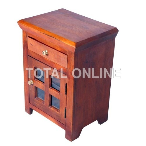Attractive Side Table Made of Sheesham Wood