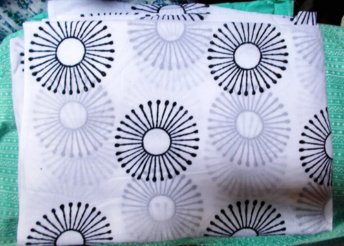 5 YARD HAND BLOCK PRINT100% COTTON FABRIC ROUND DESIGN