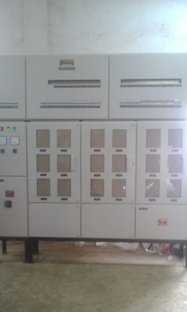 Meetering with Automatic Changer Over Current Limitor Panel