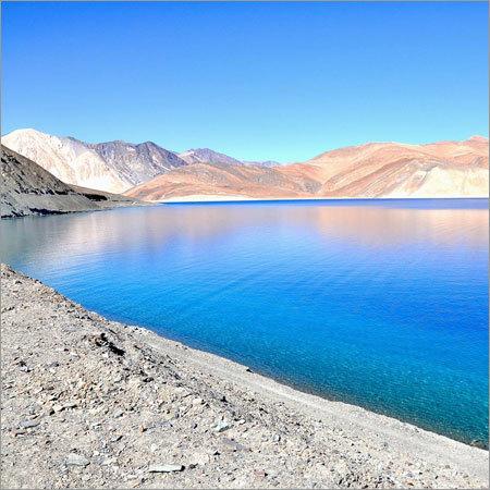 Pang Gong Lake Ladakh Tour