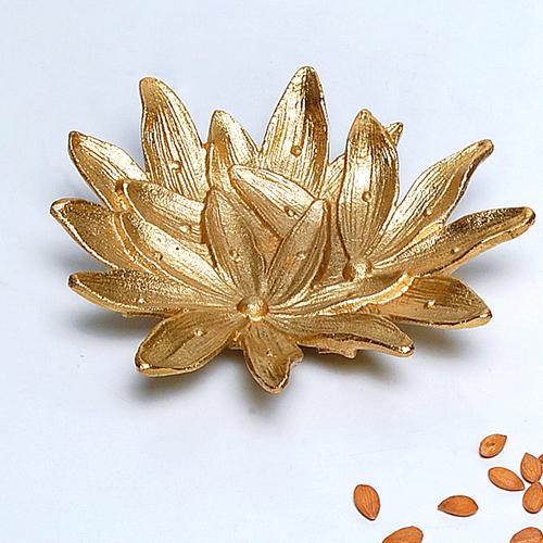 Golden Lily Aluminum Designer Platter