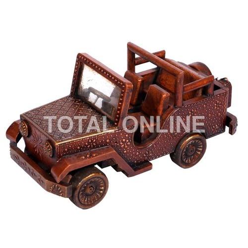 oyal Vintage Handmade Wooden Handpainted Jeep