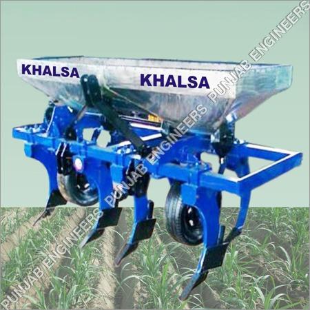 Fertilizer Applicator On Tyre