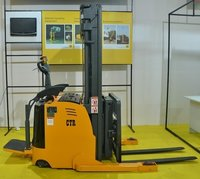 Full Electric Reach Stacker