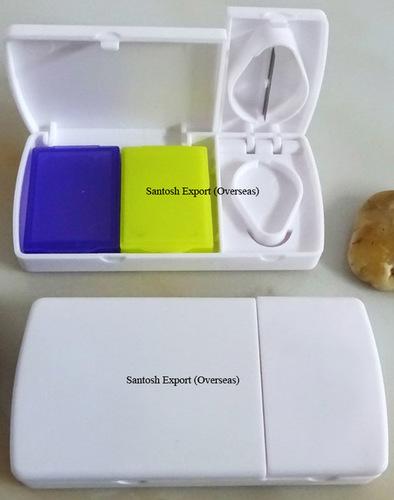Pill Cutter with Pill Box