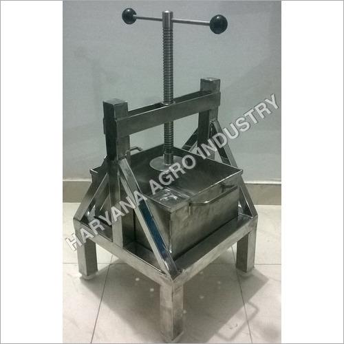 Manual Paneer Press