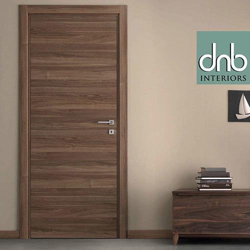 Natural Veneered Wooden Flush Door