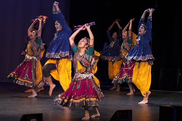 Dandiya Garba
