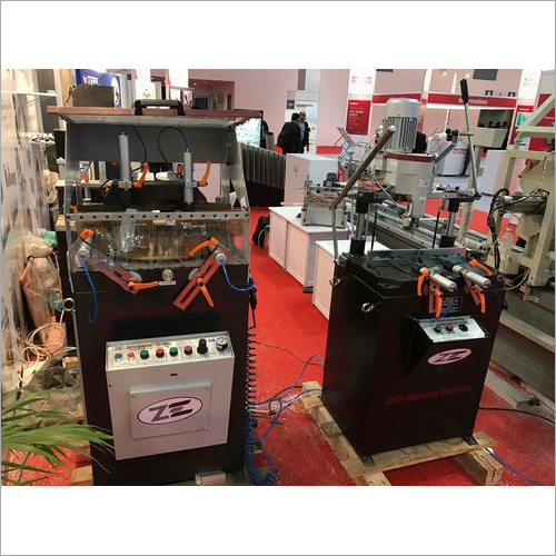 Single Head UPVC Cutting Machine