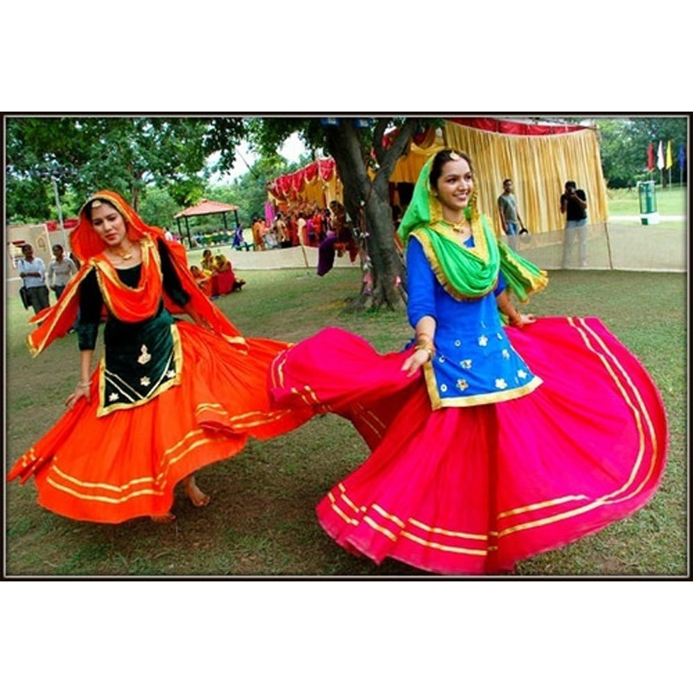 Giddha Dance Costumes