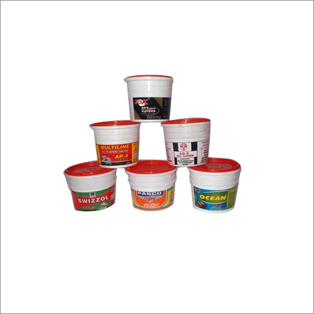 Plastic Lubricating Containers